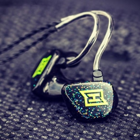 DerHörRaum bietet bachmaier® HEAROS InEar Kopfhörer